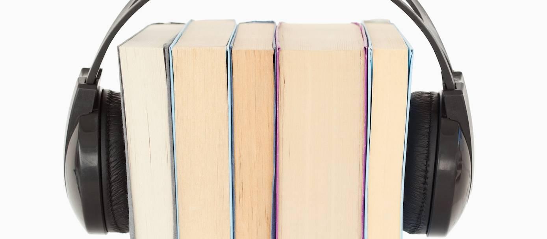 الكتاب الصوتي... هل يهدد عرشَ الورقي؟