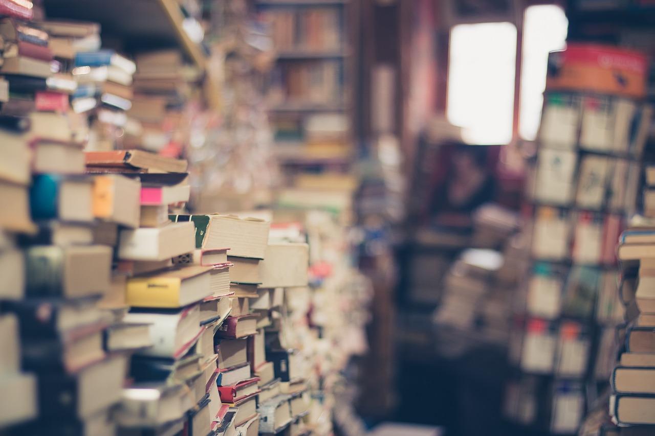 رحلة الكتاب العربي في أوروبا
