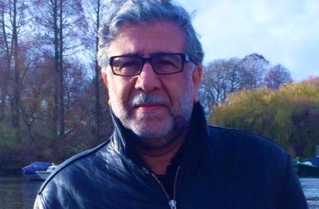 أمجد ناصر في «شقائق نعمان الحيرة»: الشعريّة المتحوّلة