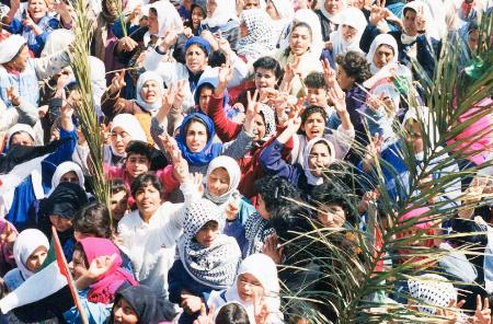 «نادي ركوب الأمواج».. «نائلة والانتفاضة»: الفلسطينيات في وثائقيين