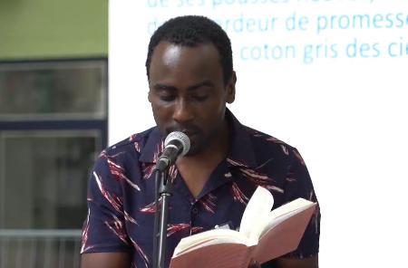 جسدكِ يذكّرني بأننا قطعنا الفجر... قصائدالشاعر الهايتي واتسون شارل (ترجمة)