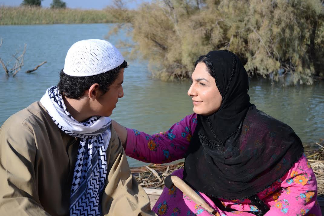 من فيلم بغداد خارج بغداد لقاسم حول . 2015