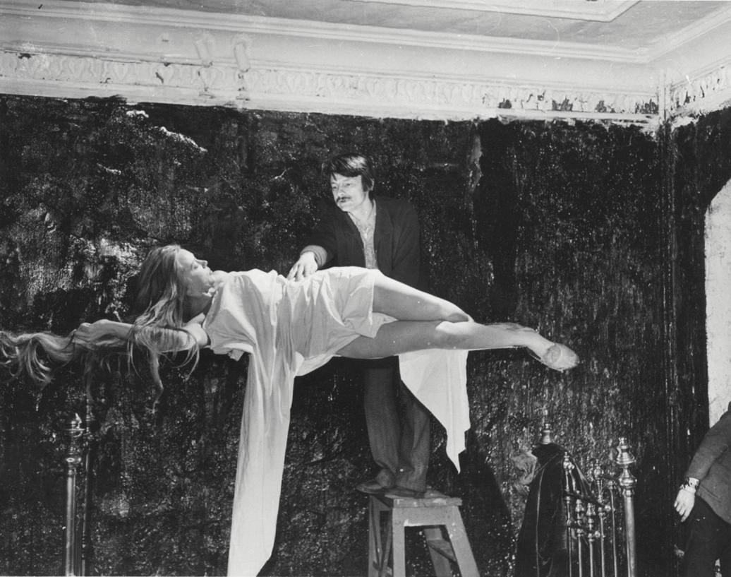 مقابلة مع المخرج الروسي أندريه تاركوفسكي أجريت عام 1966 ونُشرت في كتاب «زمن في الزمن»