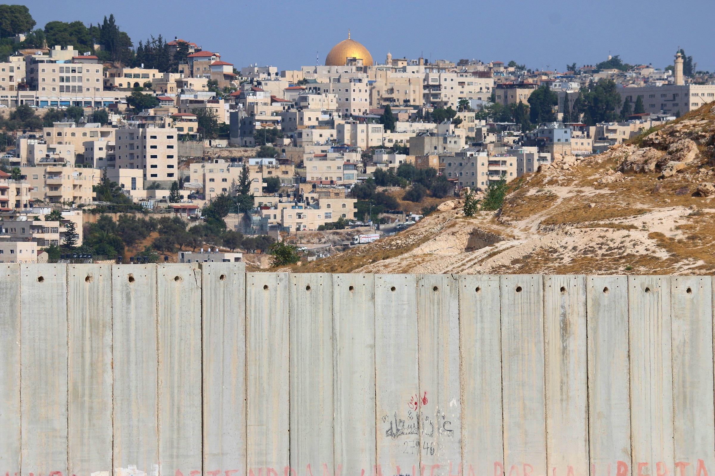 تأثيرات الظرف الموضوعي على القضية الفلسطينية (الخليج والممانعة)