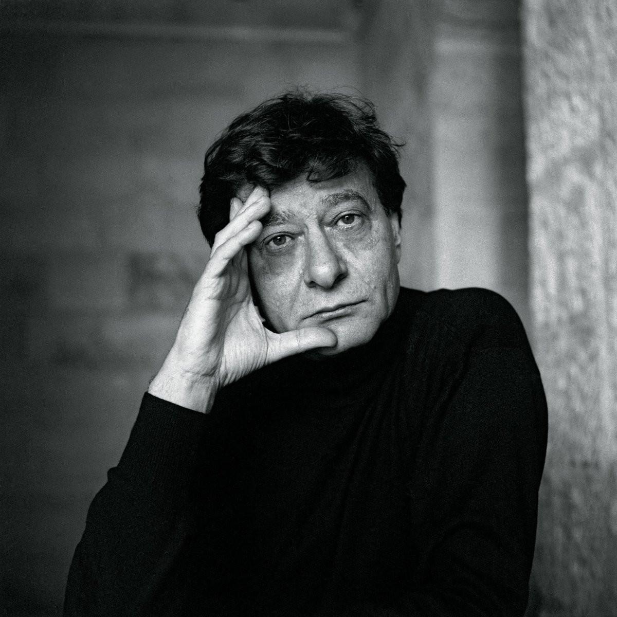 درويش في فيلهارمونية باريس... استعادة فنية شاملة