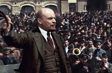 العالم بعد مئة عام من ثورة أكتوبر