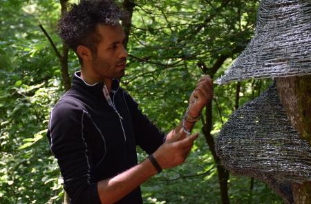 عبد الرحمن قطناني: ألعاب الأطفال وأزقة المخيم أثّرت على أعمالي